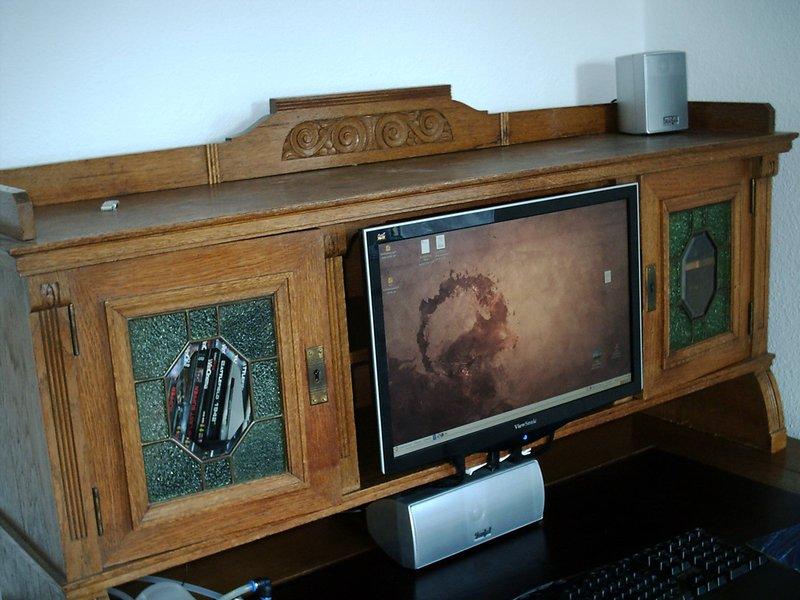 pc im schreibtisch update s 2 pc verschwunden selbstgebautes aqua computer forum. Black Bedroom Furniture Sets. Home Design Ideas